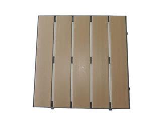 Deck Modular de Madeira Plástica Com Encaixe 50x50 cm